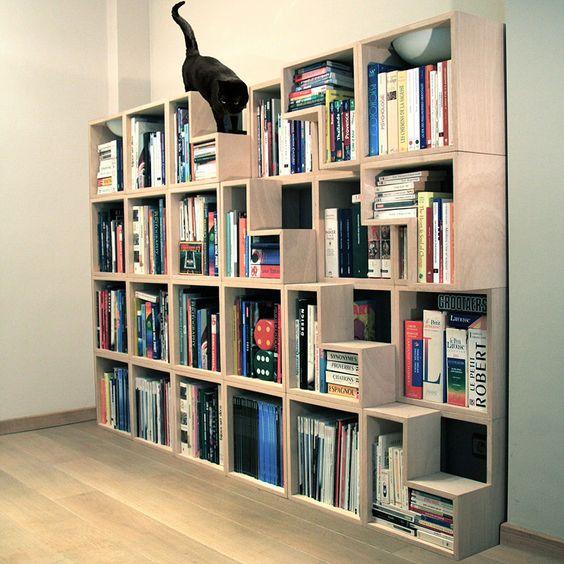 7 libreros originales para guardar tus libros en espacios for Diseno de libreros para espacios pequenos