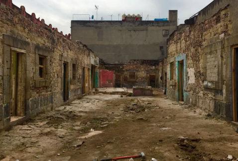 Conoce la historia detr s de la casa m s antigua de la cdmx for Renovacion de casas viejas