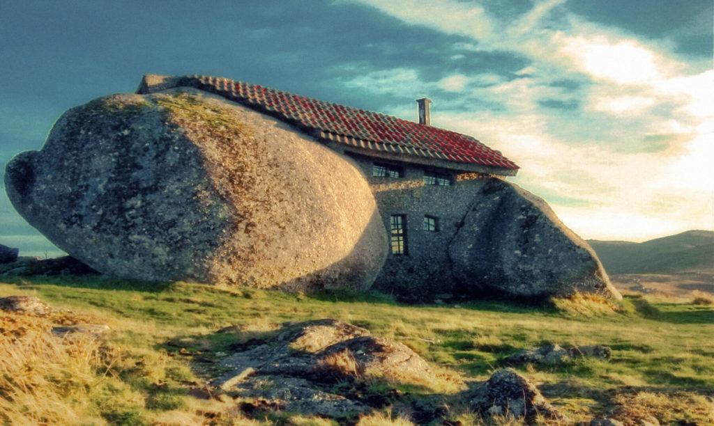 Así es la casa de piedra de Portugal