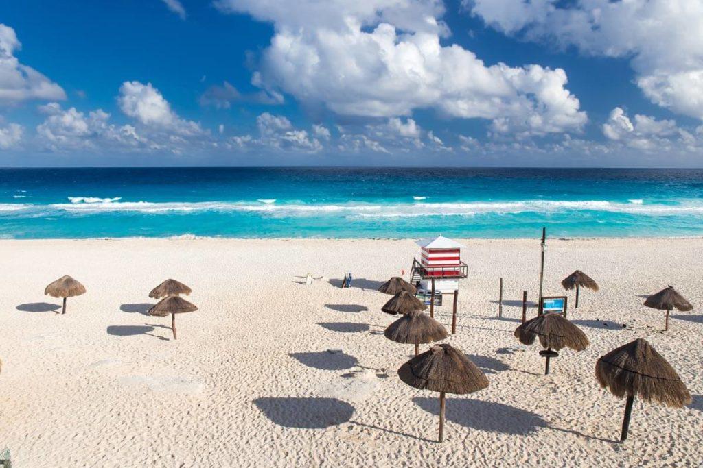 Playa Delfines México