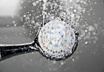 Cómo ahorrar agua caliente